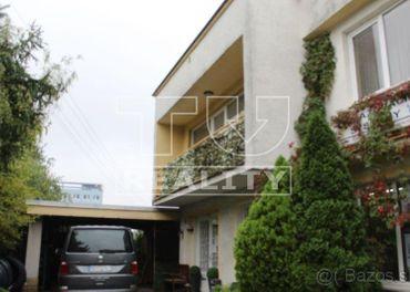 Na predaj dvojgeneračný 6 izbový rodinný dom na sídlisku...