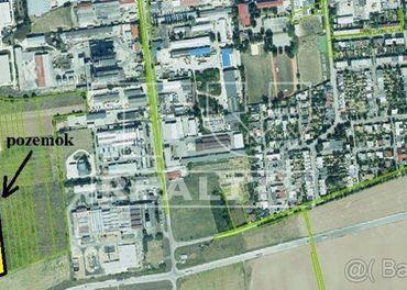 Rozsiahly pozemok v priemyselnej zóne, 8694m2, Senica