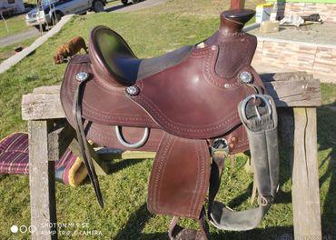 Predám westernové sedlo