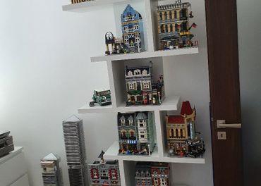 Krásna dizajnová knižnicaideálna na lego