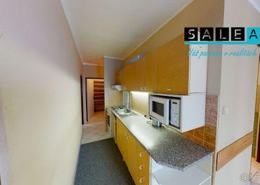 Útulný 3 izbový byt, 69 m2, 2 balkóny, Dopravná, Levice