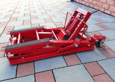 Zdvihák hydraulický na moto Rothewald