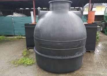Plastová žumpa/nádrž na vodu
