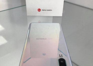 Huawei P30 White