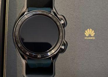 Huawei Watch GT Dark Green, zaruka do 12.2021