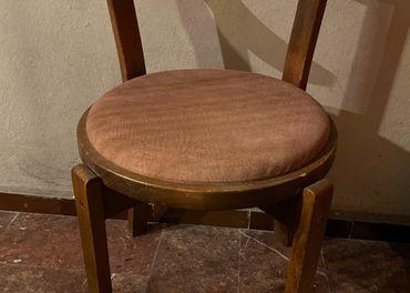 Stoličky z masívu