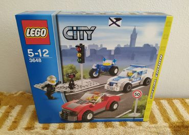 LEGO SET 3648 - City: Police Chase / 2011