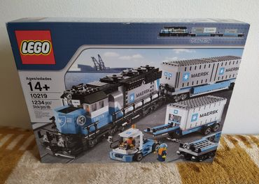 LEGO SET 10219 - Train: Maersk Container Train / 2011