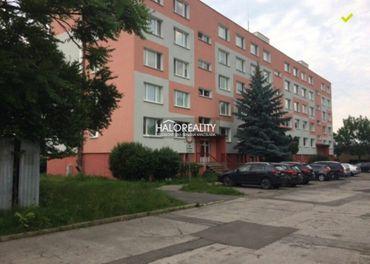Predaj, jednoizbový byt Lučenec, Čajkovského - BLÍZKE CENTRUM - EXKLUZÍVNE HALO REALITY