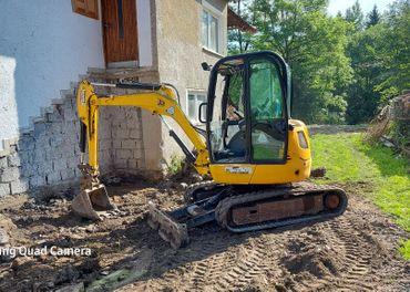Zemne a vykopove prace jcb 8030