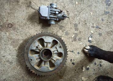 Karburátor a rozeta Jawa 350
