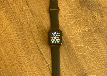 Apple watch 3 42mm space grey black