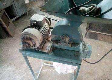 Kladivkový drvič na obilie