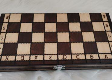 Šach-nový