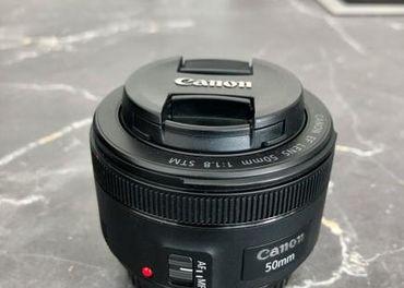 Objektív Canon EF 50mm f / 1.8 STM