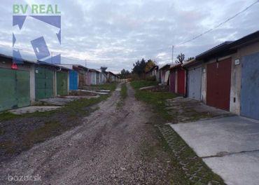 BV REAL Na predaj garáž 20 m2 Prievidza 70145