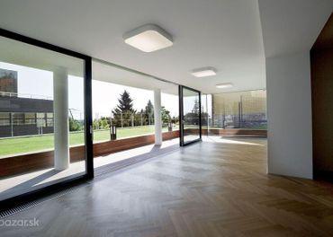 PROMINENT REAL predá luxusnú mestskú vilu s bazénom vo vyhľadávanej lokalite Bratislavy v srdci Pali