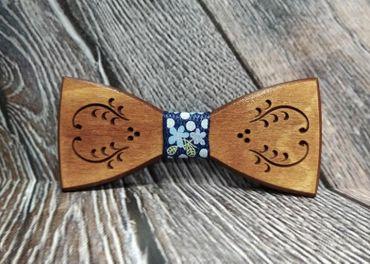 Pánsky drevený motýlik FOLK