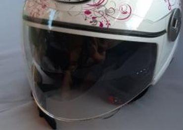 Dámska prilba MT Helmets
