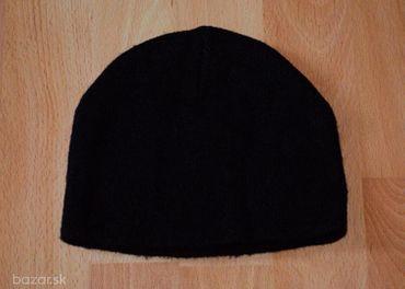 Cierna ciapka, vel. cca 92-98 (1,5-3 r.)