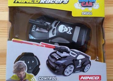 RC hlasom ovladane auto