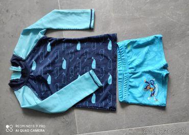 tričko + plavky