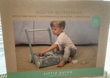 Little dutch choditko/vozik s kockami