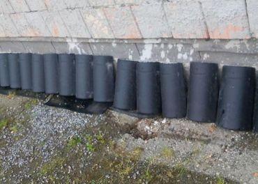 Lacno hrebenáče + háky na strechu +vetrací pás.