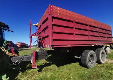 Traktorový návěs 15 tun, 25 m3, PANAV - stav nového stroje