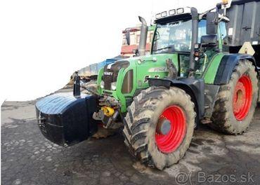 200 PS traktor Fendt 820 + nakladač + 2x vidle