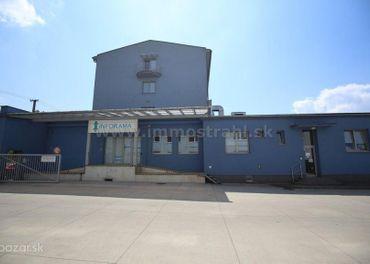 Polyfunkčný objekt s celkovou úžitkovou plochou 5.431 m2 a s pozemkami 3551 m2 na predaj v Žiline