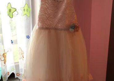 Predam dievčenske svadobne šaty
