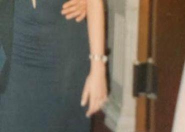 Krásne šaty s ramienkami z bielych perál