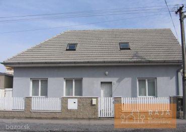 Polyfunkčný 4i RD na ulici Nákovná 9 s rozlohou 220 m2 na pozemku s výmerou 300 m2 *** OBCHODNY PRIE