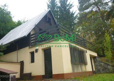 Na predaj-Útulná chata v peknom prostredí-Zvolenská priehrada (217-13-BB)