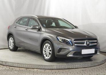 Mercedes GLA  GLA 200