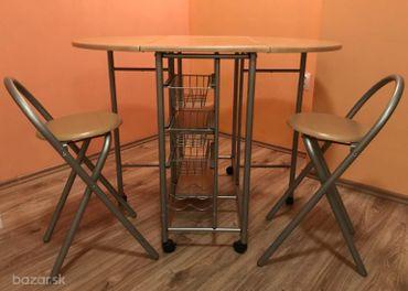 Jedálenský stolík + 2 stoličky