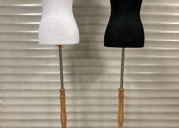 Nova Luxusná figurína - krajčírska, drevený stojan