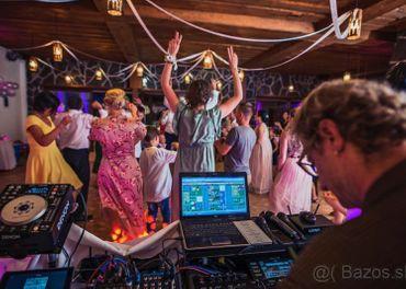 Svadba DJ MODERATOR stuzkova ples  firemka svadobny dj