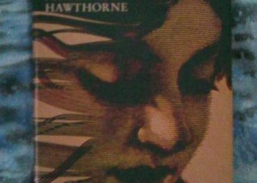 Nathaniel Hawthorne - Dom so siedmymi štítmi