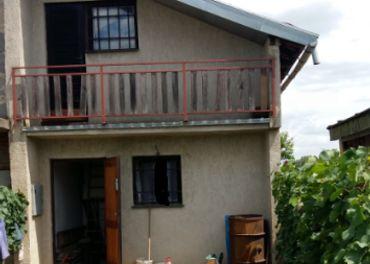 Ponúkame na predaj vinohradnícky domček v Chotíne