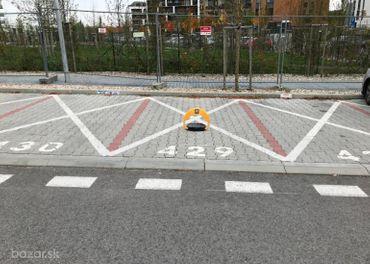 Parkovacie státie, automatická zábrana, Slnečnice