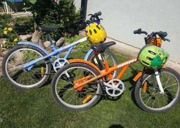 Detský bicykel KENZEL - 2 ks s košíkom a prilbou