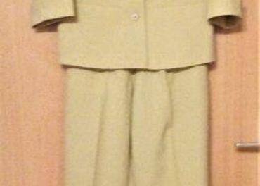 Dámsky nohavicový kostým v. 36
