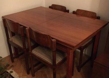 Jedálenská zostava stôl a stoličky