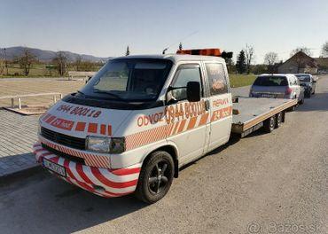 Predám odťahový špeciál Volkswagen Transporter T4 do 3.5 t.
