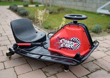 predám driftovacie autíčko Razor Crazy Cart