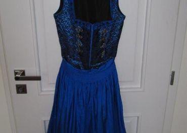 Rakúske šaty ( dirdl )
