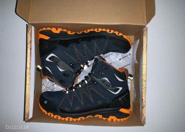 Zimné nepremokavé topánky č.44 Alpine Pro vhodné na turistiku
