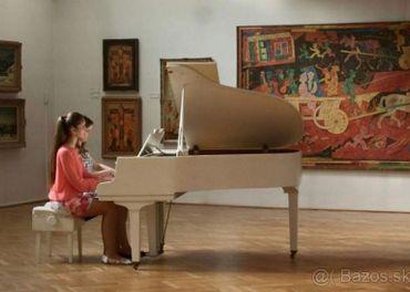 Učiteľka hry na klavír - doučovanie, Martin a okolie